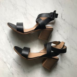 Target Merona Black Chunky Heel Sandals Size 8.5